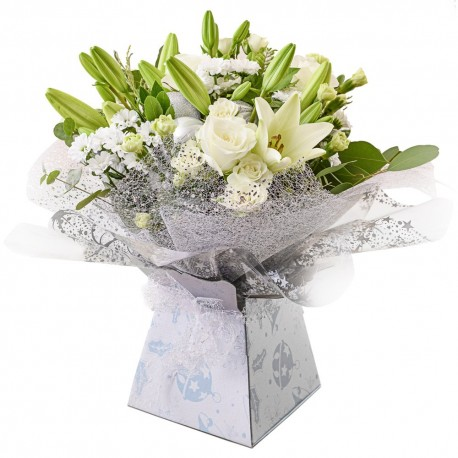 Ava hand tied bouquet in water